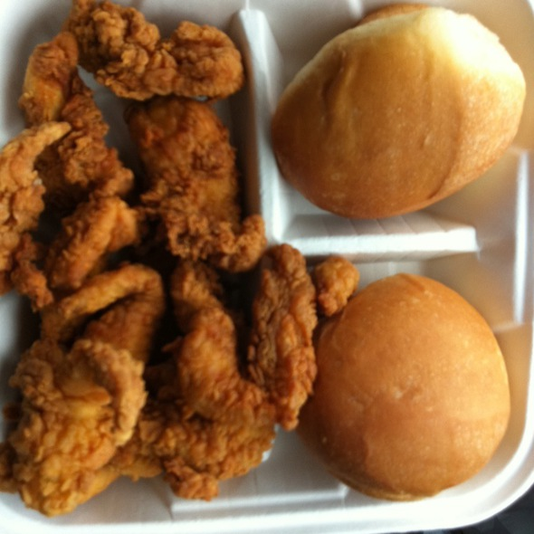 Fried Chicken and Rolls @ Ezell's Fried Chicken