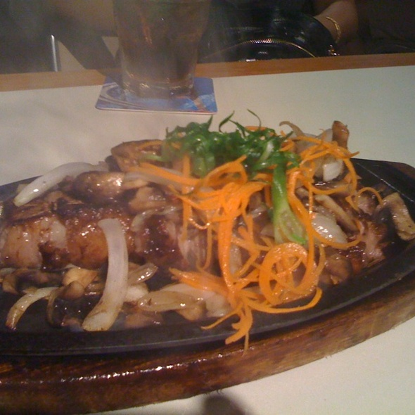 Sizzling New York Steak @ Hukilau Honolulu