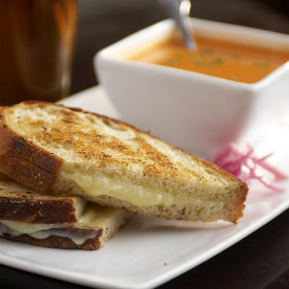 Grilled White Cheddar Sandwich & Pom Tomato Soup @ Pomegranate Bistro