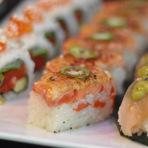 Aburi Salmon Oshi Sushi @ Miku