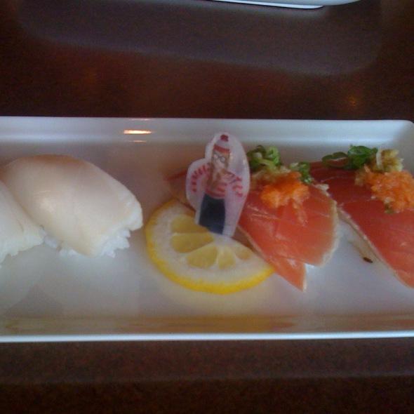 Tuna Sashimi - Sonoda Ramen and Sushi, Englewood, CO