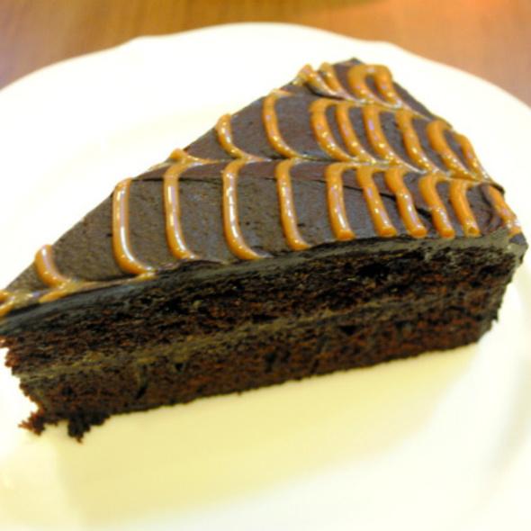 Chocolate Caramel Cake @ Chocolat