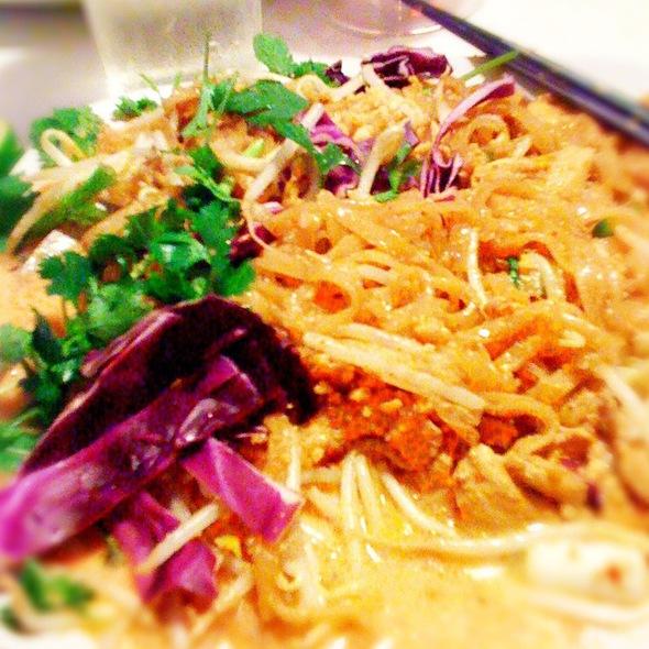 Pad Thai Curry @ Nitally's Thai-Mex Cuisine