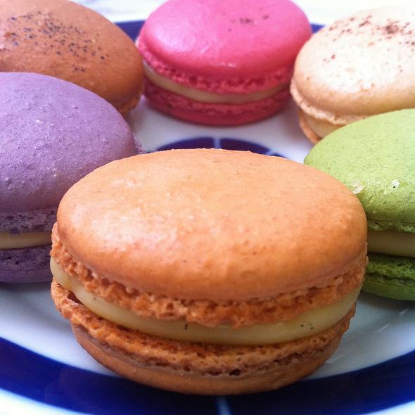 Salted Caramel Macaron @ Moulin Chocolat