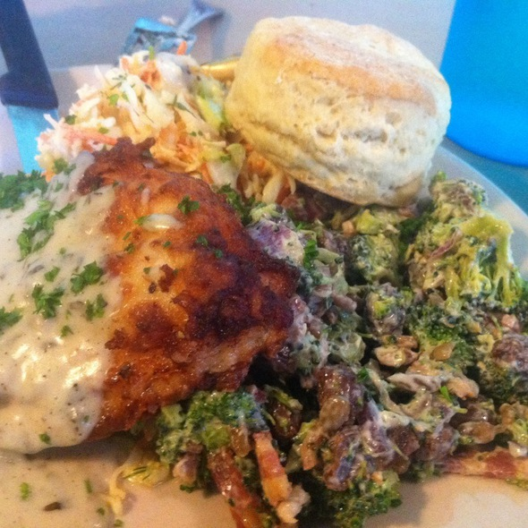 Chicken With Broccoli And Ginger Slaw @ Early Girl Eatery