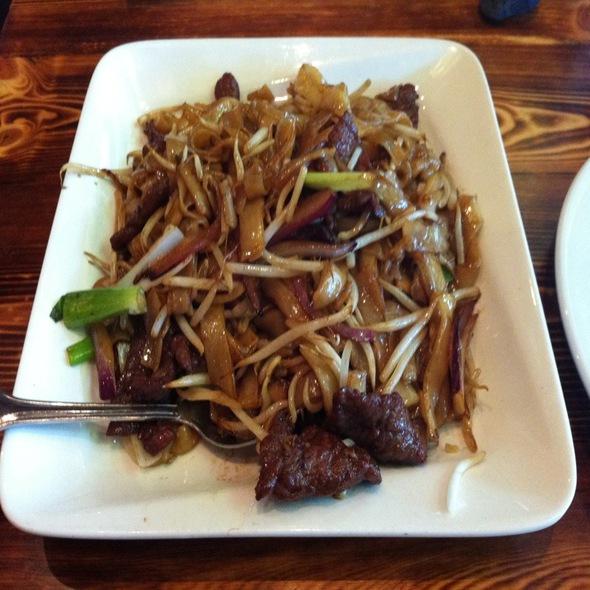 Beef Chow Fun - Wokcano - Burbank, Burbank, CA
