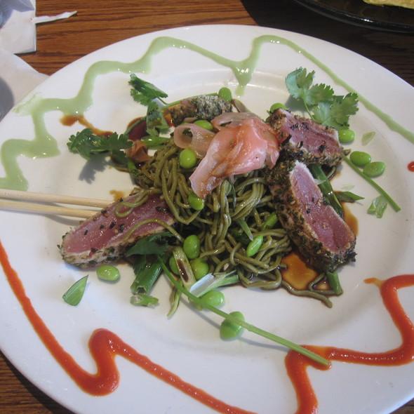 Seared tuna with soba noodles - Finz Salem, Salem, MA
