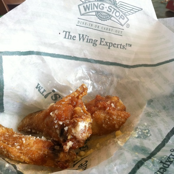 Garlic Parmesan Chicken Wings @ Wingstop