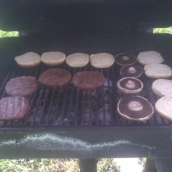 Portabella Mushroom Burger @ Zingula cucina