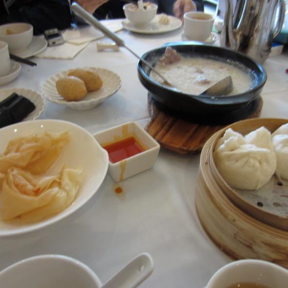 Assorted Dim Sum @ 翠園 Jade Garden Chinese Restaurant