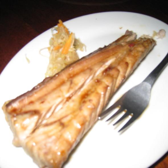Grilled Tuna @ Kinabuchs