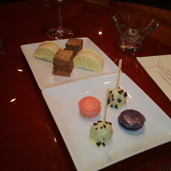 Assorted Desserts - Lola - Great Neck, Great Neck, NY