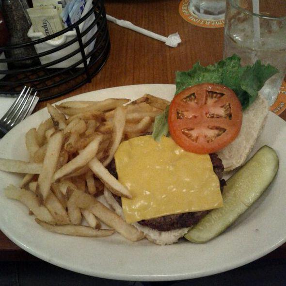 HB Burger @ Heartland Brewery