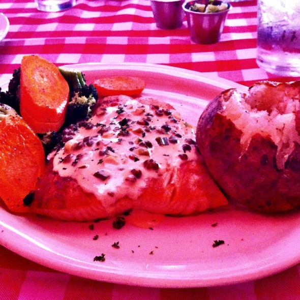 Grilled North Atlantic Salmon @ Daddy Jack's