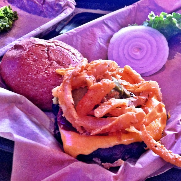 Chipotle, Guacamole & Chedder Burger @ Twisted Root Burger Co
