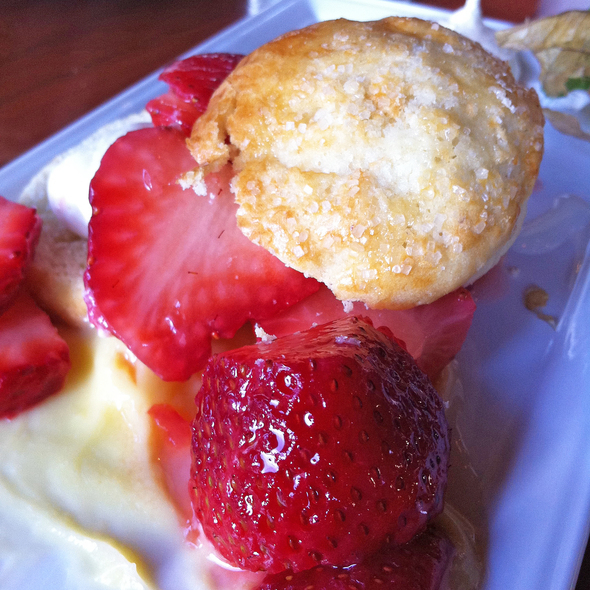 strawberry shortcake @ Seawall Bar & Grill
