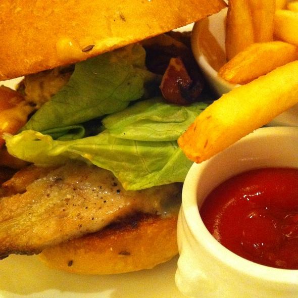 Sandwich @ The Gage