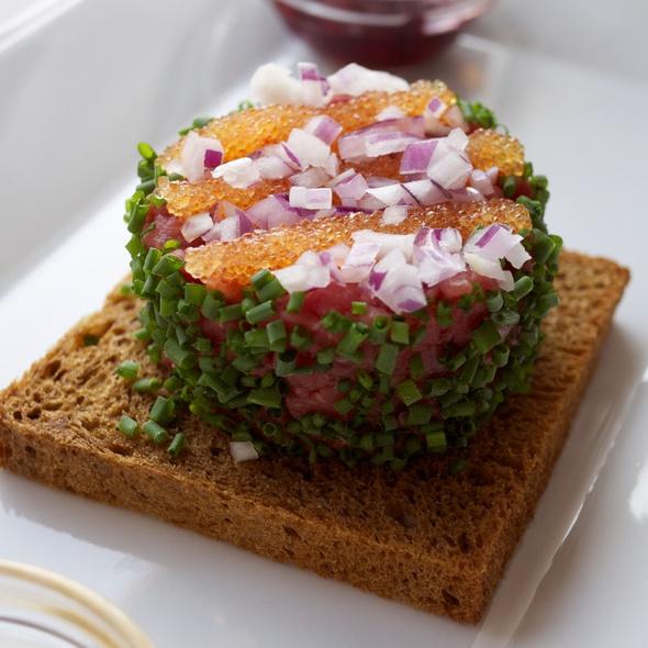 Beef tartar with bleak roe, onion and sweet brown bread @ Kabyssen, Vaxholm