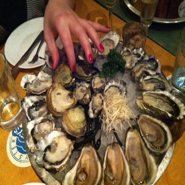 Oysters @ Rodney's Oyster House