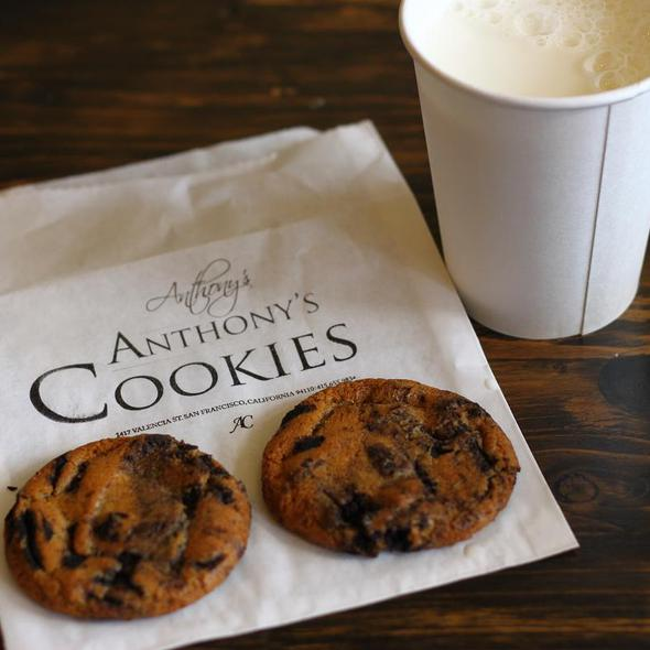 Cookies-and-Cream Cookie and Milk @ Anthony's Cookies