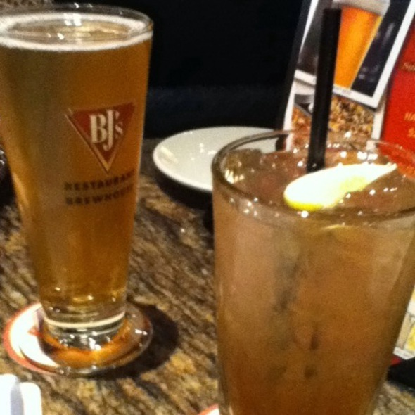 Long Island Iced Tea @ BJ's Restaurant & Brewery