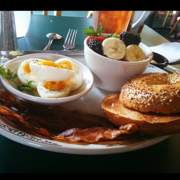 Breakfast @ Dufour's In Irvington