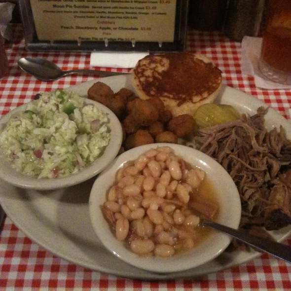 Pulled Pork Bbq, White Beans, Fried Okra & Vinegar Slaw @ Bell Buckle Cafe