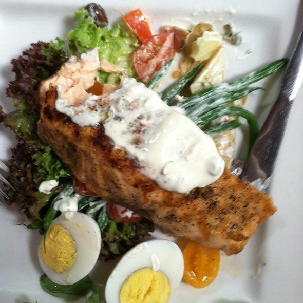 Salmon Nicoise Salad @ Bodega Restaurant Inc