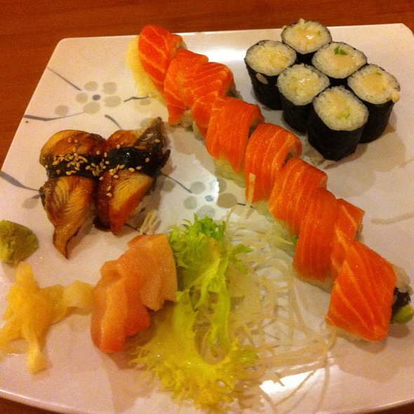 Alaska Roll, White Tuna Roll, Unagi, Yellow Tail