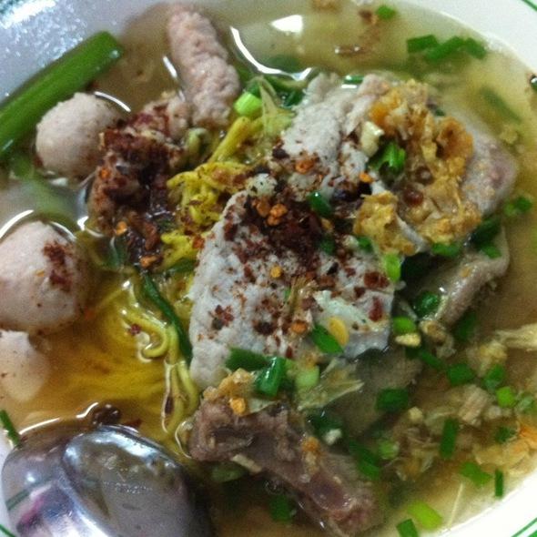 pork noodles @ Surin