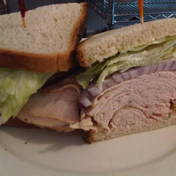 Turkey Sandwich @ Lanskys