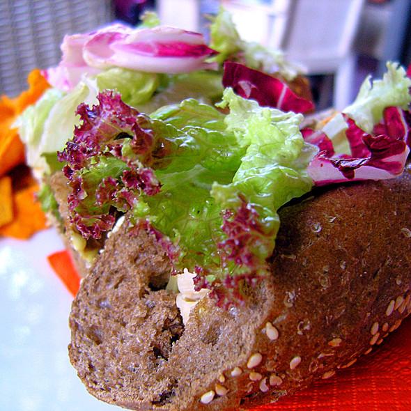 Chicken Sandwich @ Fileas Fog