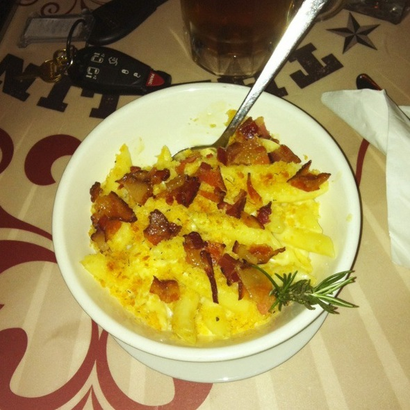 Mac & Cheese @ The Lincoln Room