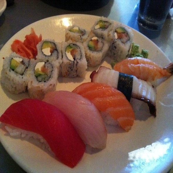 Sushi Sampler W/ Philadelphia Roll @ Sushi Zushi