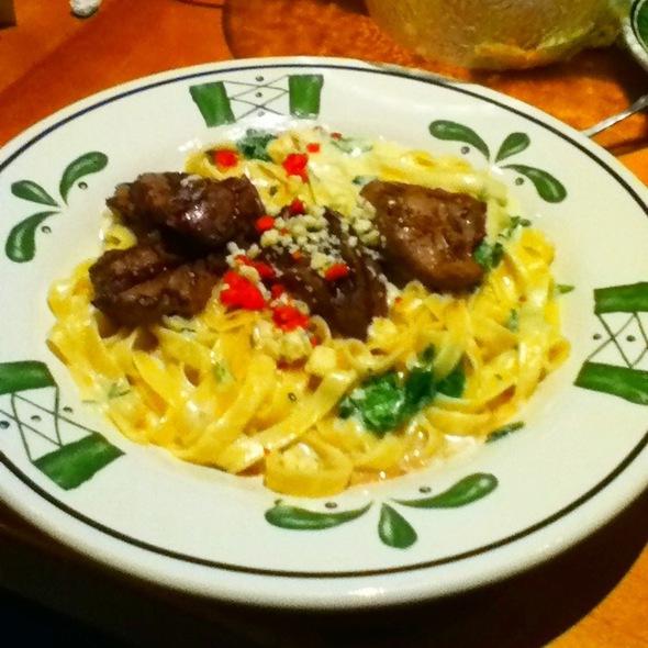 Olive garden menu worcester ma foodspotting for Olive garden steak gorgonzola alfredo