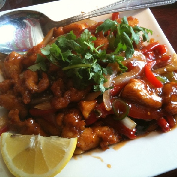 Spicy Basil Chicken @ Mingalaba Restaurant