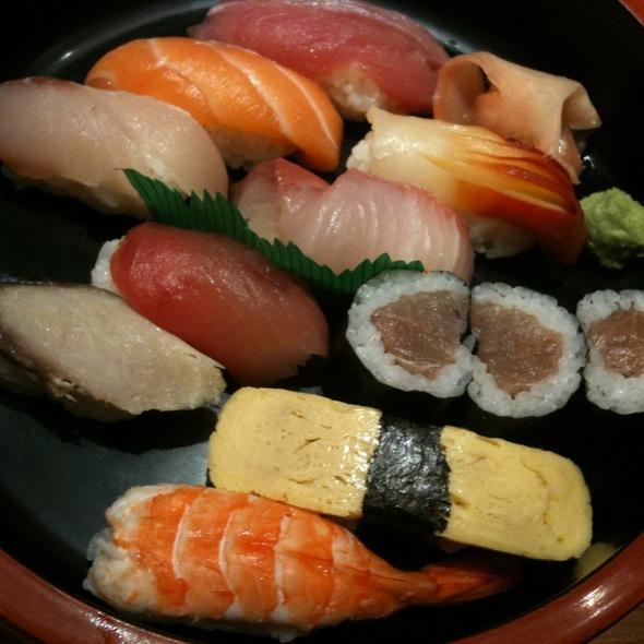 Nigiri Sushi Set @ Zen