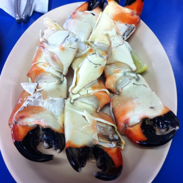 Stone Crab Claws @ Garcia Brothers Seafood, Inc. / La Camaronera Fish Market and Restaurant