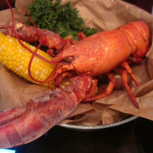 Whole Maine Lobster @ Crab Shack
