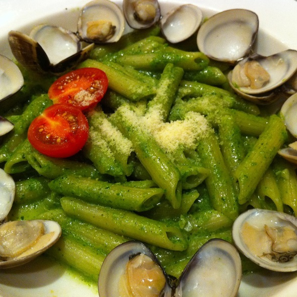 Pasta With Clam In Pesto Sauce @ 賴著不走茶食館