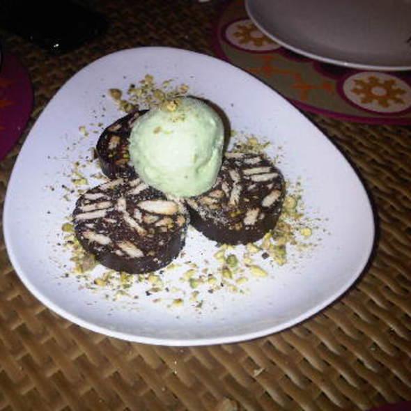 Bisuits Au Chocolat @ Basma