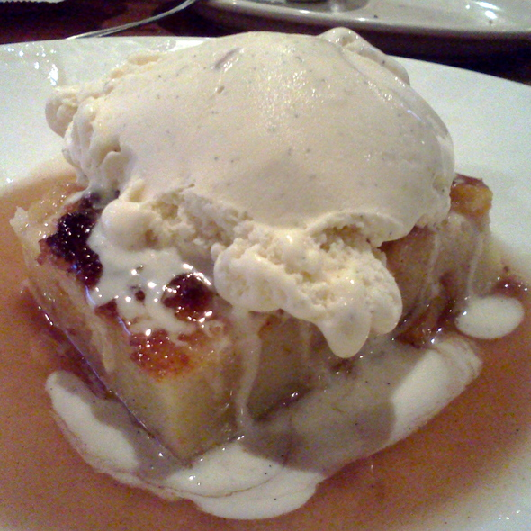 Peach Bread Pudding @ Lone Star Steakhouse & Saloon