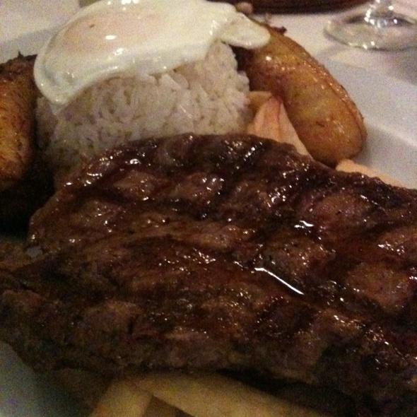 bistec a lo pobre @ Machu Picchu