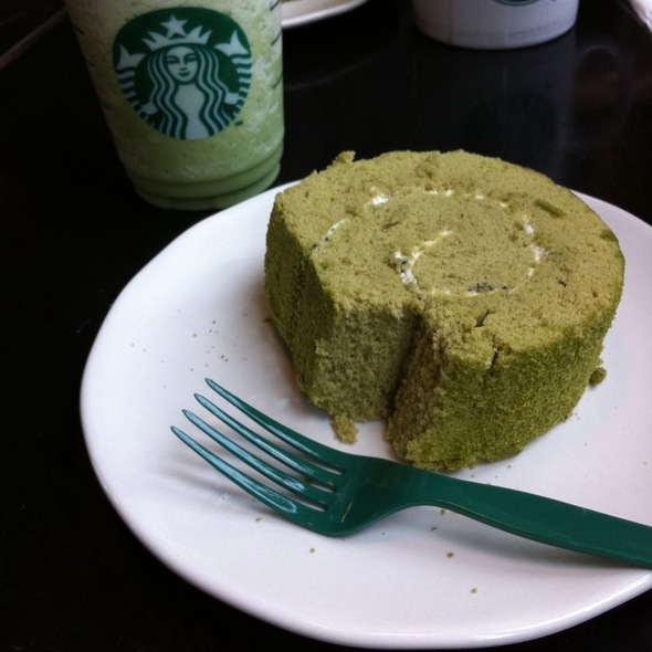 Green Tea Cake Roll @ Starbucks Quienmen Street