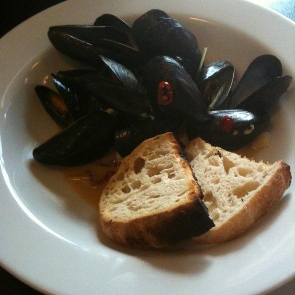 Mussels @ Pizzeria Basta