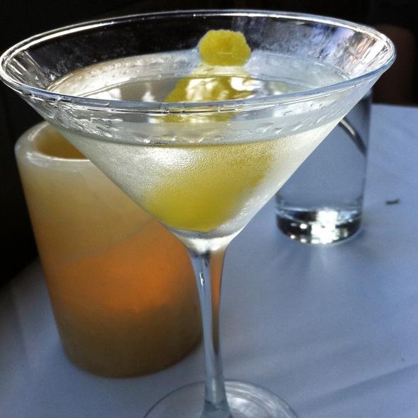 Dry Martini @ Fraiche