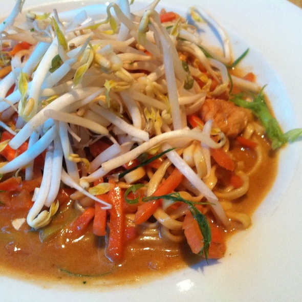 Thai Chicken Pasta @ Cheesecake Factory