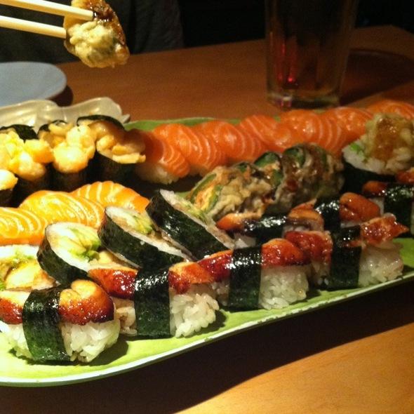 Sushi @ Samurai Restaurant