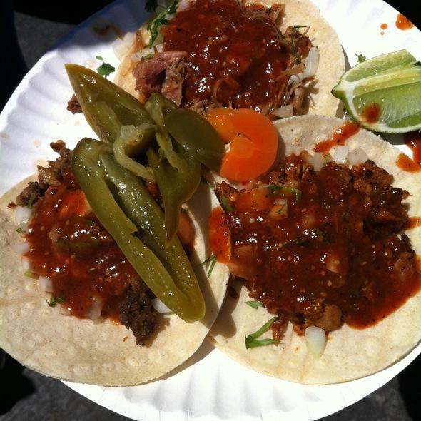 Tacos @ El Tonayense