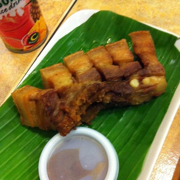 Lechon Kawali @ Buddy's Restaurant